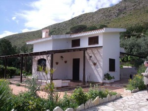 villa-sunsea_front-view